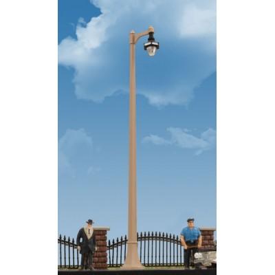 Single Acorn Street Light